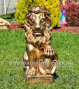 Садовая фигура Лев с левым щитом