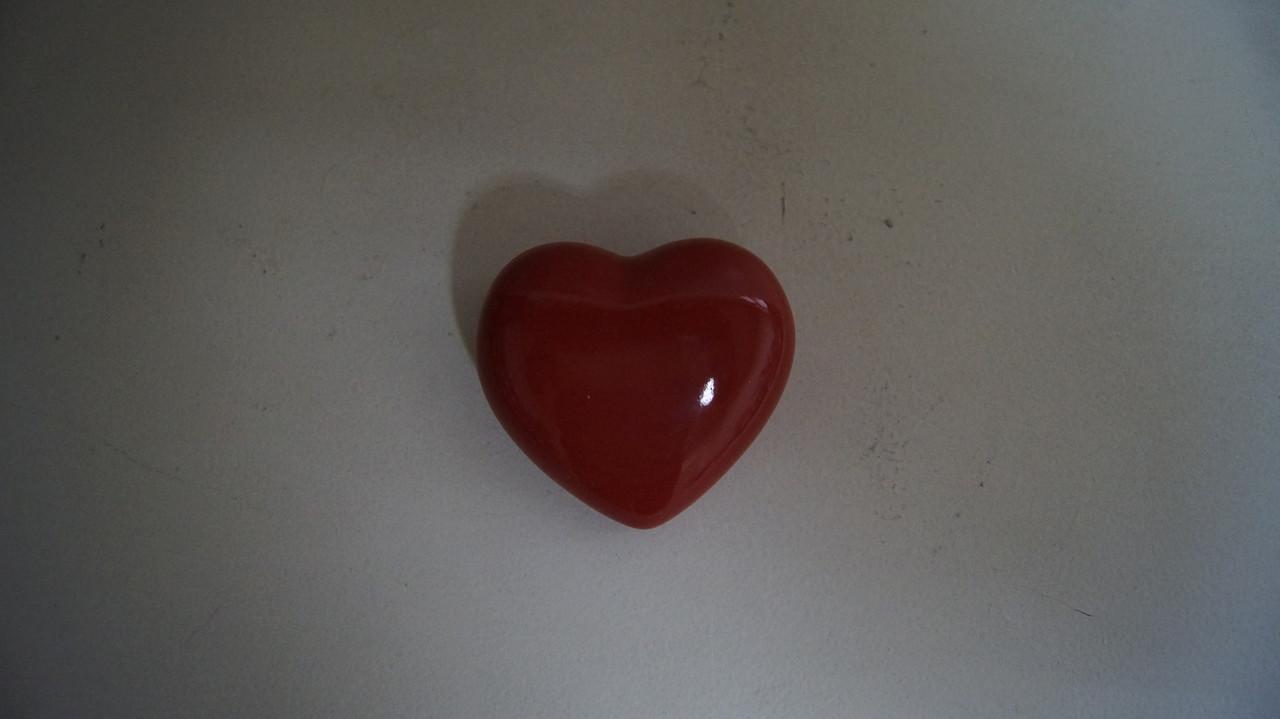 Фігурка декоративна маленьке червоне серце
