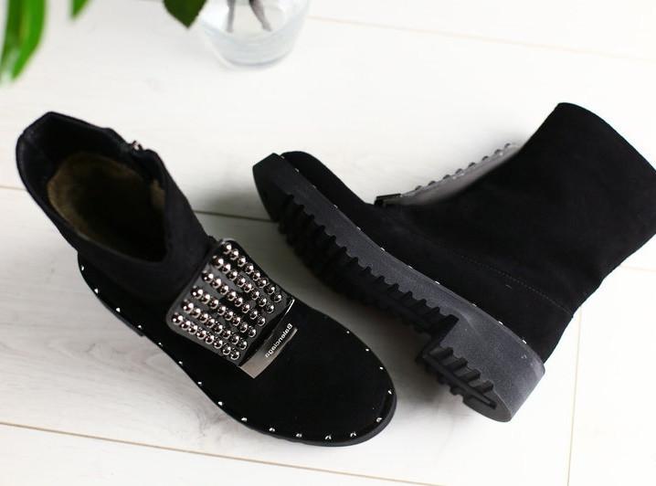 8d4fb71c8bb0 ... Стильные замшевый женские зимние полусапожки ботинки на низком ходу на  танкетке в стиле Gucci D41FG58- ...
