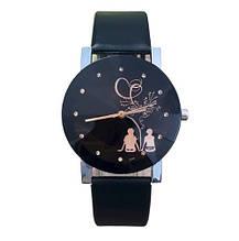 Женские черные часы