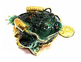Жаба богатства зелёная с монетой 13 * 6,5 * 8 см. фаянс -  символ удачи и денежного изобилия
