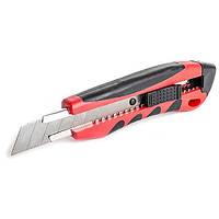 Нож 18 мм,с металлической направляющей,противоскользящим корпусом,дробилкой Intertool HT-0506