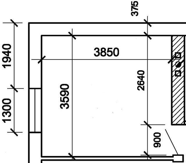 План помещения предоставлен клиентом. Комната расположена на мансардном этаже частного дома. Высота потолка 2750 мм, высота над мансардой 1700 мм. Окно 1600х1300 мм.