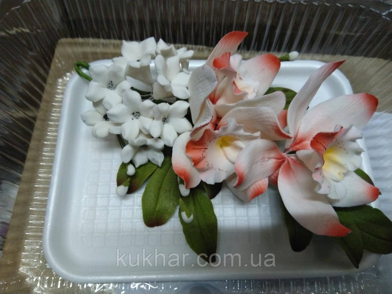 Букет орхідеї великої з листками і дзвіночками L 250