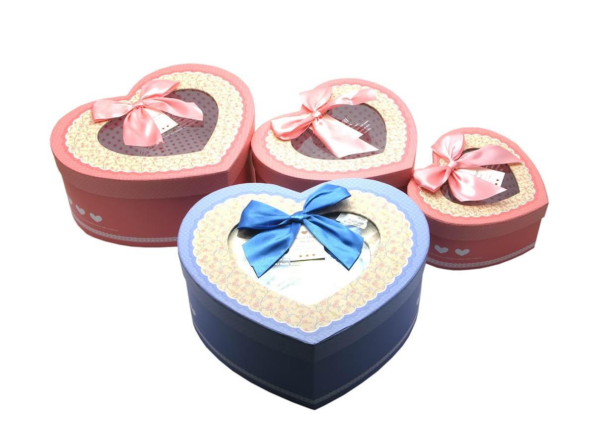"""Подарочные коробки """"Сердечки"""" (комплект из 3-х штук)"""
