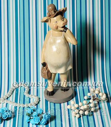 Статуэтка декоративная Свинка в бежевом платье, фото 2