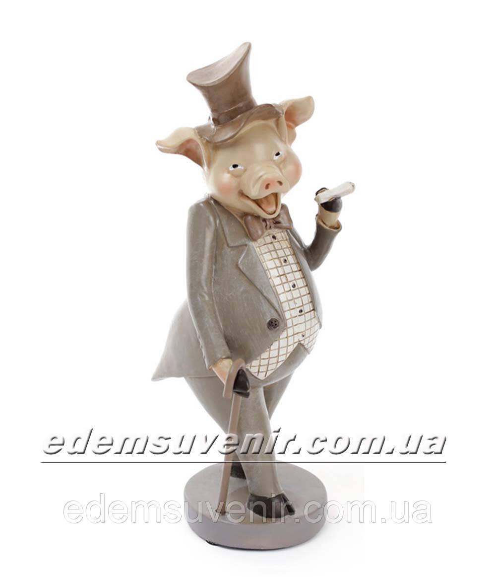 Статуэтка декоративная Свин с сигарой в оливковом фраке