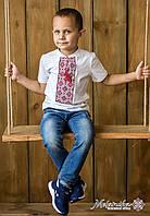 Класична вишита футболка для хлопчика із червоним орнаментом «Ніжна геометрія», фото 1