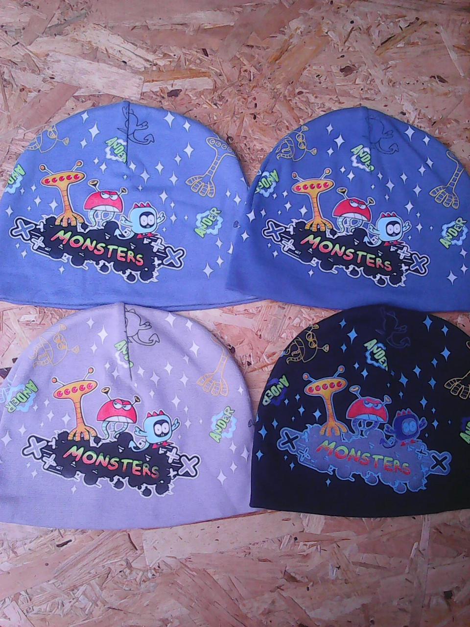 Весенние трикотажные шапочки для мальчика