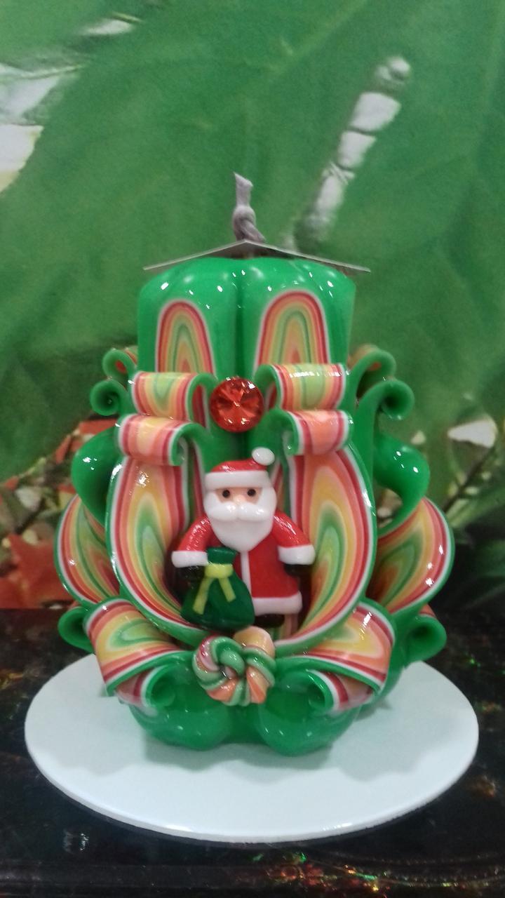 Свеча новогодняя с собачкой, ручная работа, красиво украшена снеговиком с ёлочкой ручной работы