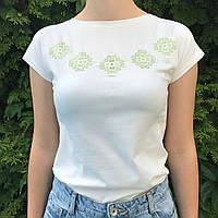 Трикотажна футболка з етно вишивкою