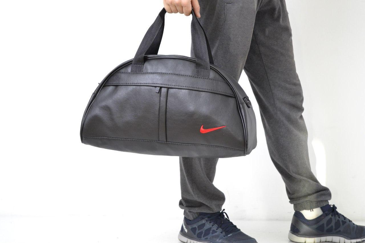 Спортивная сумка в стиле  Nike  логотип красный