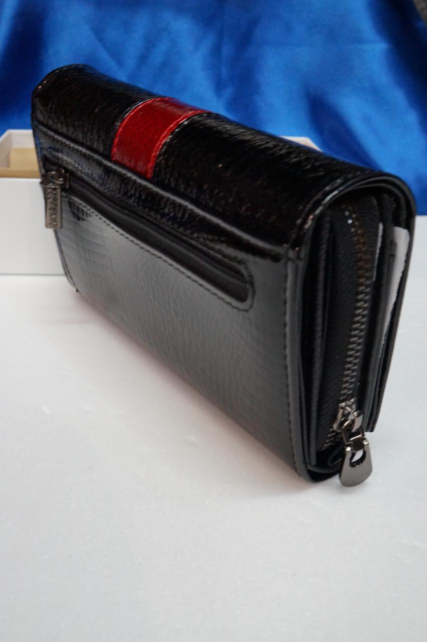 Кожаный лаковый кошелек с полосой LORENTI  продажа, цена в Харькове ... bdaf4c0f1f7