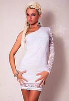 Короткое клубное Белое гипюровое платье с ассиметричным рукавом L2384-1