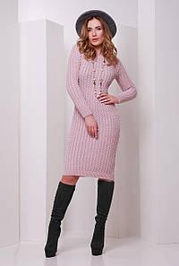 Модное вязаное теплое платье до колен с длинными рукавами в косичку цвет пудра