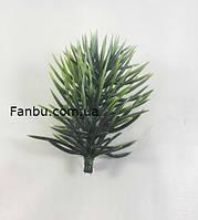 Пушистая ветка ели искусственная( пластик)зеленая припудренная, 7*5 см, фото 1