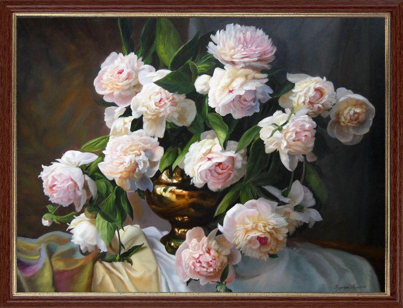 """Репродукція сучасної картини """"Білі півонії в золотистої вазі"""" 30 х 40 см"""