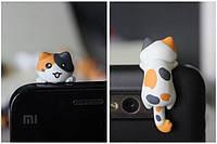 """Заглушка для аудио порта 3,5 мм (ПВХ) """"Котёнок по имени АМИ"""""""