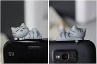 """Заглушка для аудио порта 3,5 мм (ПВХ) """"Котёнок по имени СУМИ"""""""