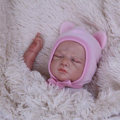 Велюровая шапочка для новорожденных Mini, розовая