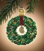Набор для вышивки Mill Hill Emerald Wreath
