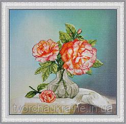 Розы. Набор для вышивки крестом на фоновой канве