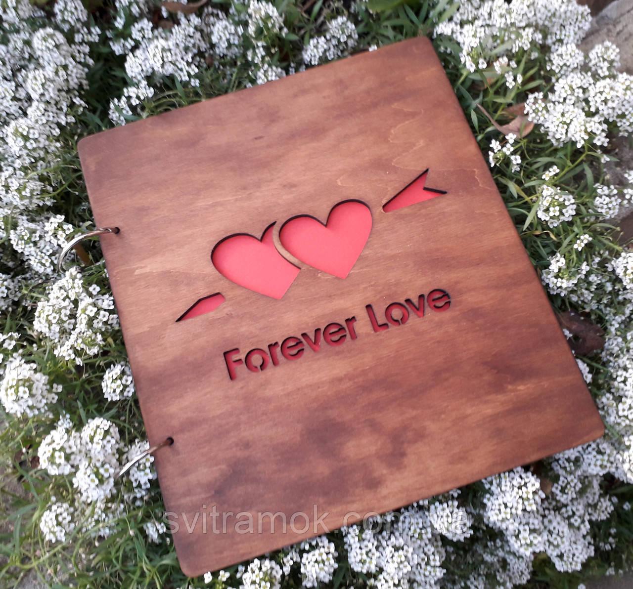 Весільний альбом з дерев'яними обкладинками