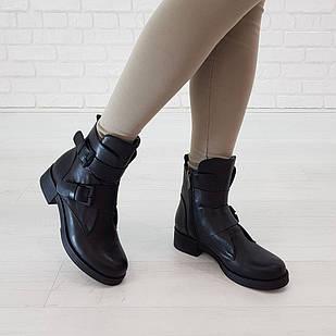 Демисезонные женские ботинки 36-39 Woman's heel черные со стильными ремешками