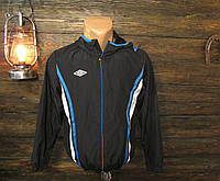 Куртка спортивная, ветровка подростковая Umbro, 152 см, (есть пару плятен от краски), Уценка!