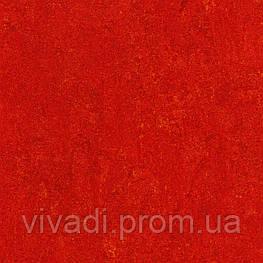 Натуральний лінолеум Marmorette LPX - 121-118 chili red