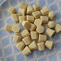 Шоколад белый (диаманты) 31% Master Martini (1 кг.)