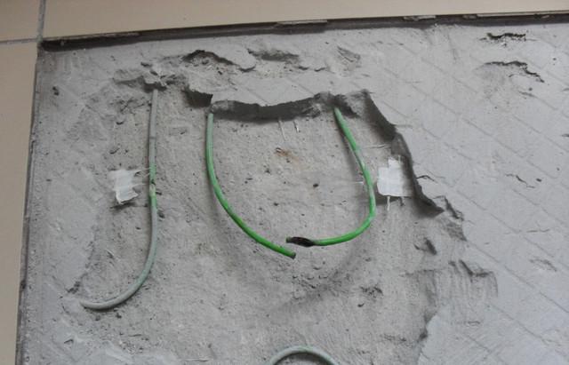 повреждение кабеля теплого пола