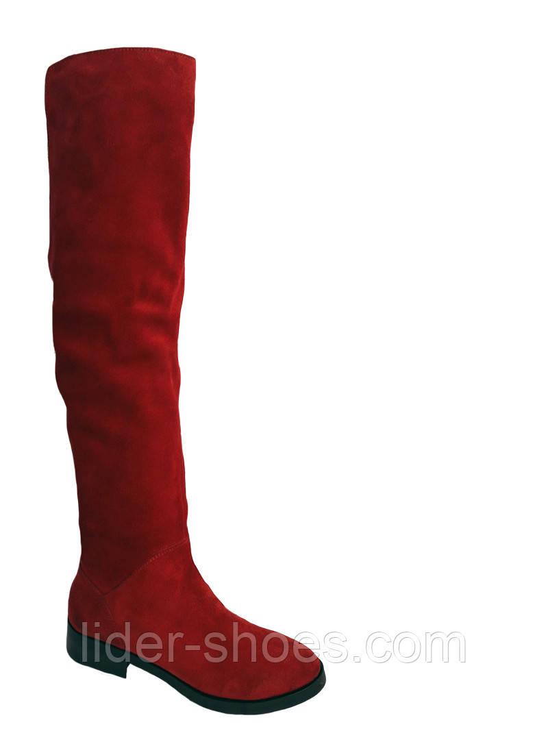 Женские замшевые ботфорты красного цвета
