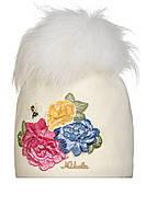 Детская шерстяная шапочка ручной работы с изумительной вышивкой