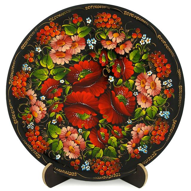 Расписная тарелка в технике Петриковская роспись. Яркий венок