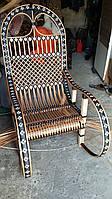 Кресло качалка из лозы с ротангом