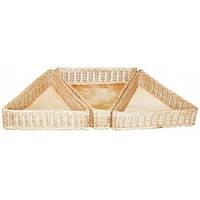 Композиция из трёх плетеных лотков из натуральной лозы (высота 10 см, длина сторон 36 см)