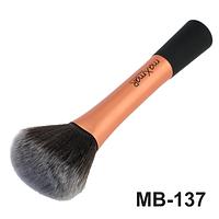 Кисть для тональной основы, пудры, румян, бронзатора maXmaR MB-137