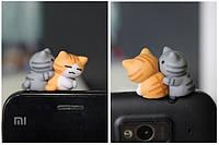 """Заглушка для аудио порта 3,5 мм (ПВХ) """"Котята по имени ЧО и ЛИ"""""""