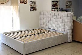 Ліжко двоспальне м'яка