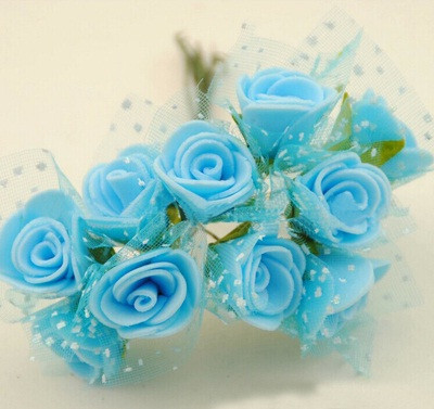 Букет искусственных голубых роз
