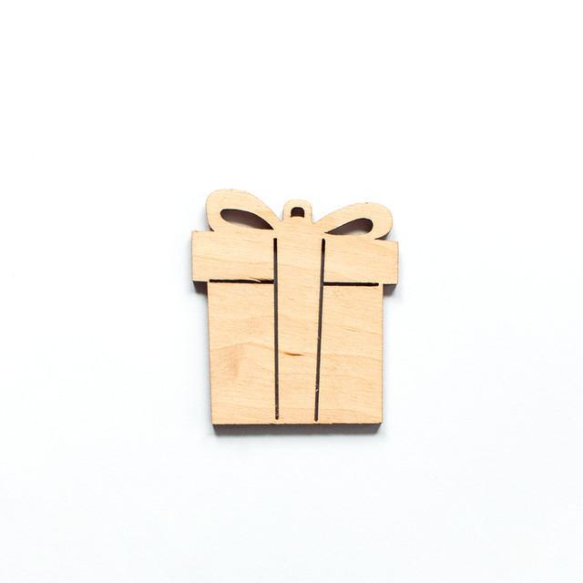 Ялинкова прикраса з дерева 13, Пакунок. 9 см. Обирай 6,12,24 іграшки - складай набір!