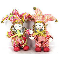 Статуэтки клоунов в разноцветных костюмах понравятся Вашим детям A2S№2