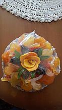 Натуральные сухофрукты(цукат) из Армении (ассорти) 500 грамм в тарелке