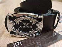 Мужской кожаный ремень Armani с пряжкой гвоздик