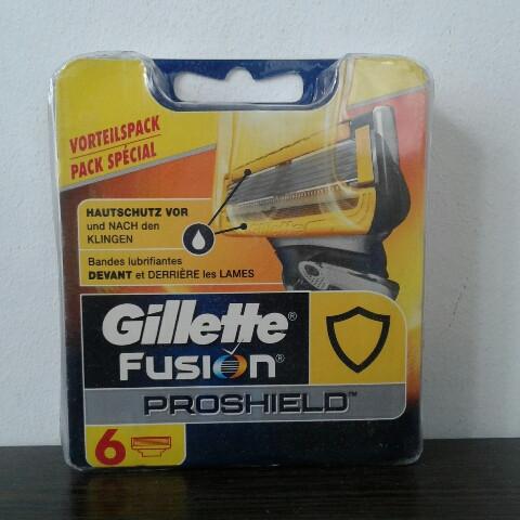 Кассеты Gillette Fusion Proshield 6 шт. ( Картриджи жиллетт Фюжин прошилд желтые Оригинал Германия )