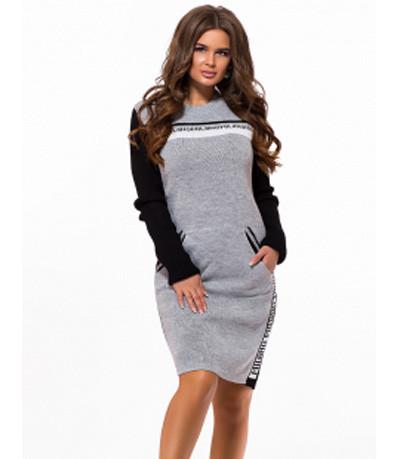 Вязаное платье в спортивном стиле светло серый р. 42-48