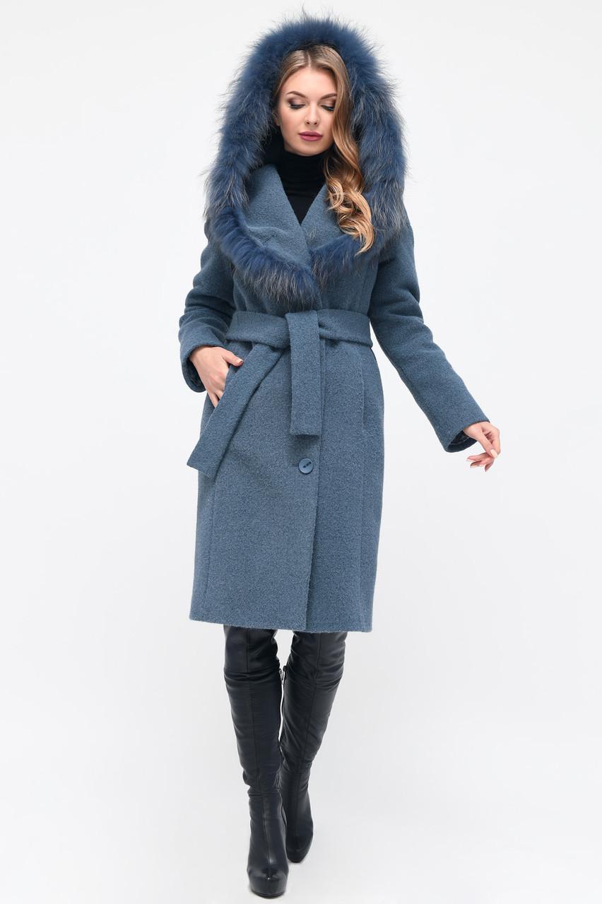 Зимнее женское пальто с мехом и капюшоном синее