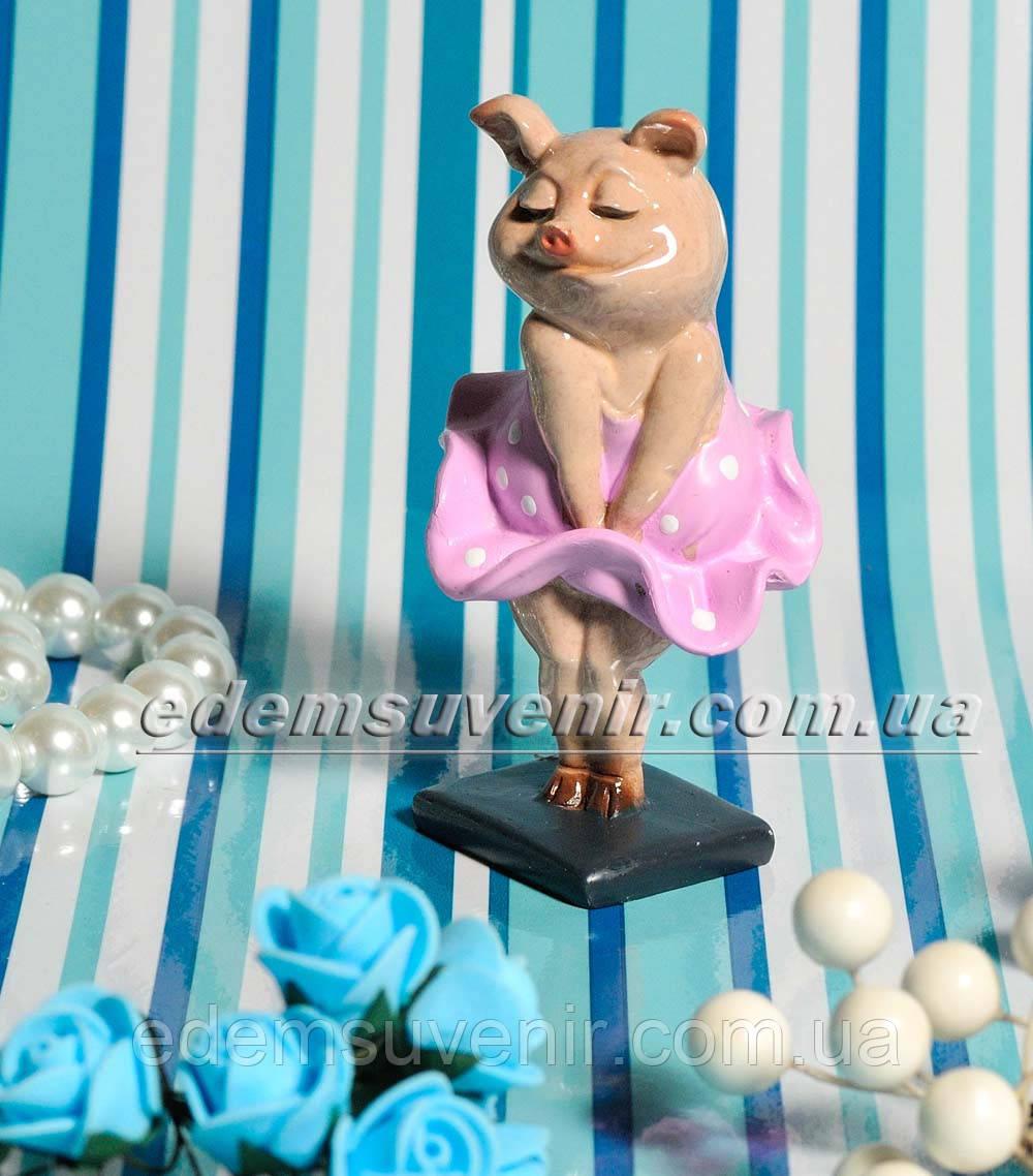 Статуэтка декоративная Свинка Монро малая