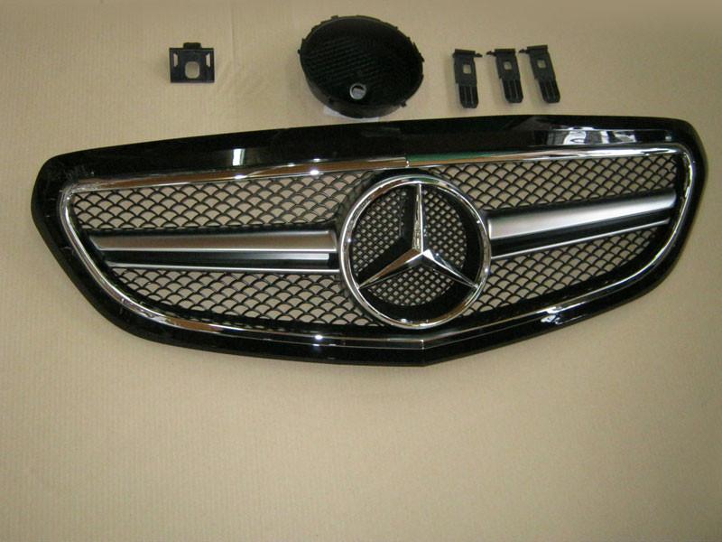 Решетка радиатора Mercedes E-class W212 2013-... Black